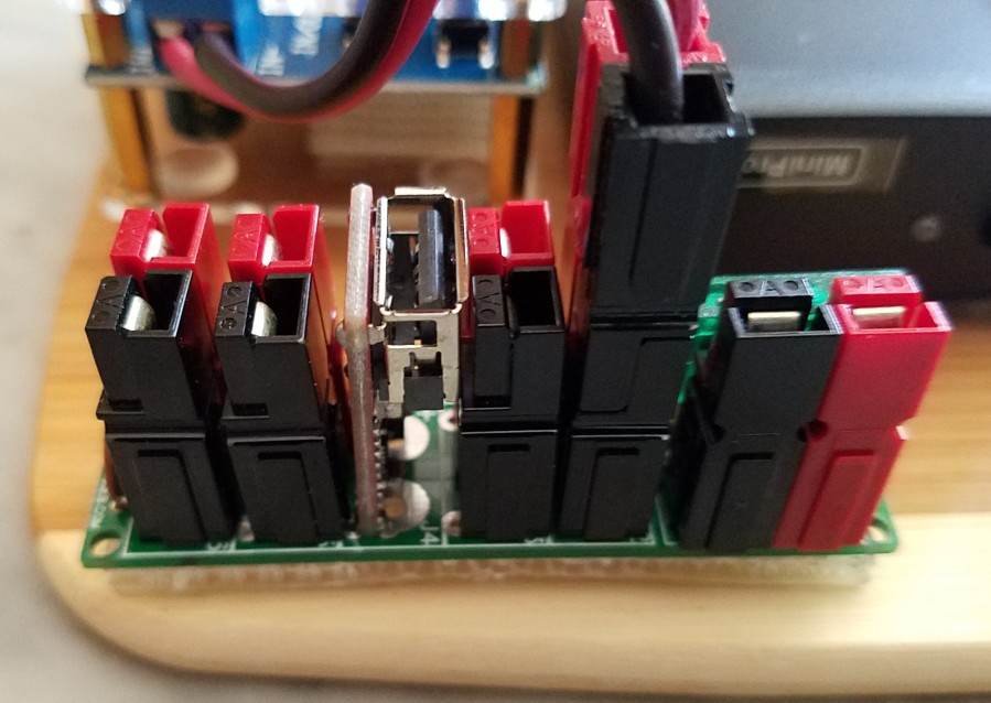 K9JEB power distribution block